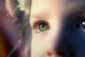 Accessi Oculari: capire i segnali nascosti della Comunicazione